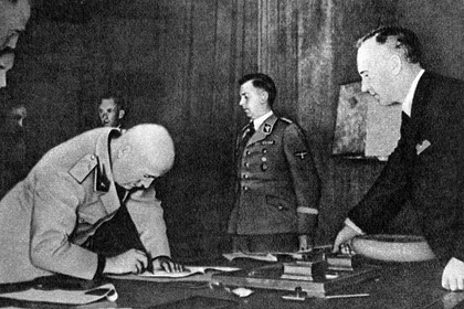 СВРрассказала опритязаниях Муссолини начасть СССР
