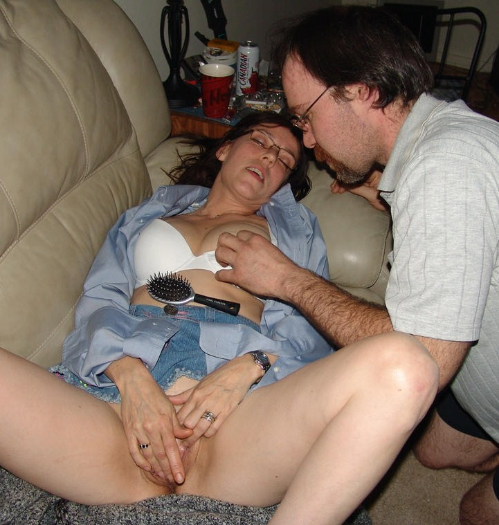 Creampie sex with lonely wife