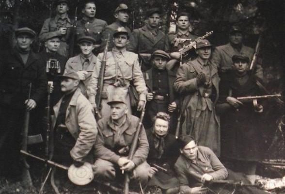 Какжители Прибалтики воевали против советской власти