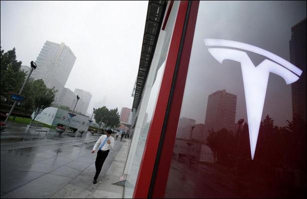 Goldman Sachs повысил целевую цену Tesla