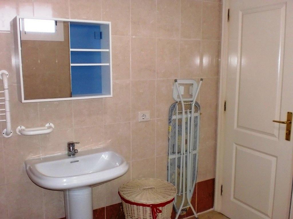 Снять квартиру в испании цены в рублях