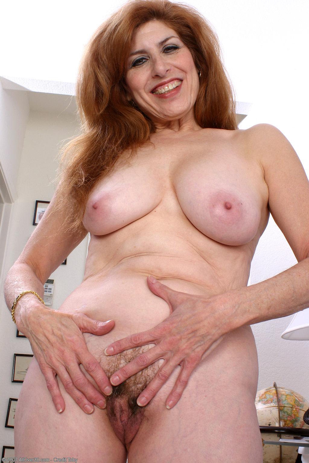 beautiful mature naked woman - milf