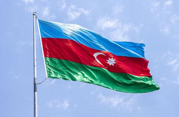 Ильхам Алиев опубликовал видео флага Азербайджана надХудаферинским мостом