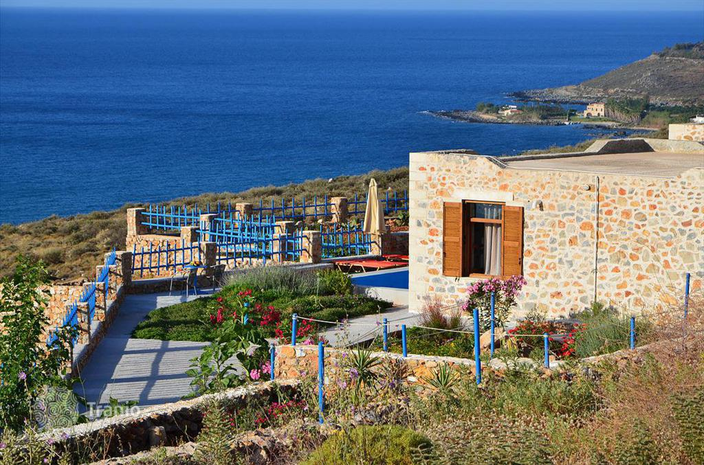 Остров Ретимно дом у моря цены