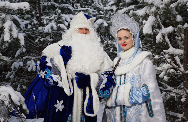 ВРоссии появилась услуга вызова Деда Мороза иСнегурочки сантителами