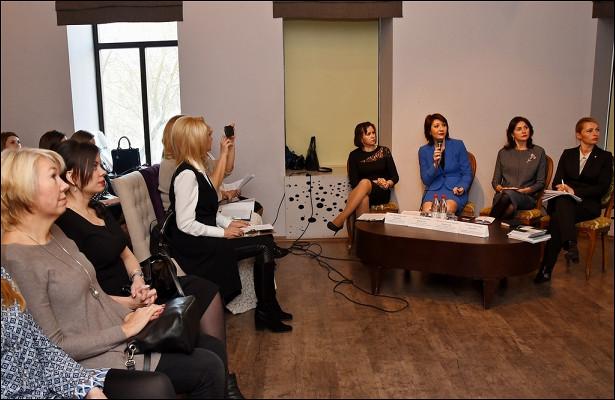 Вопросы борьбы стеневой занятостью обсудили наделовом женском форуме вВологде