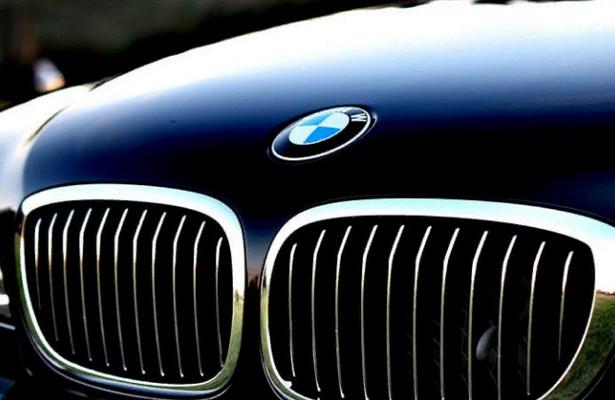 BMWотзывает 430тысяч автомобилей