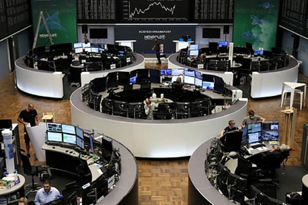 Лавров: вЕвропе начинают думать отом, чтонужно уходить отдолларовой зависимости