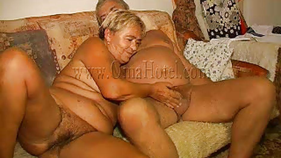 Angela perla muscle blowjob