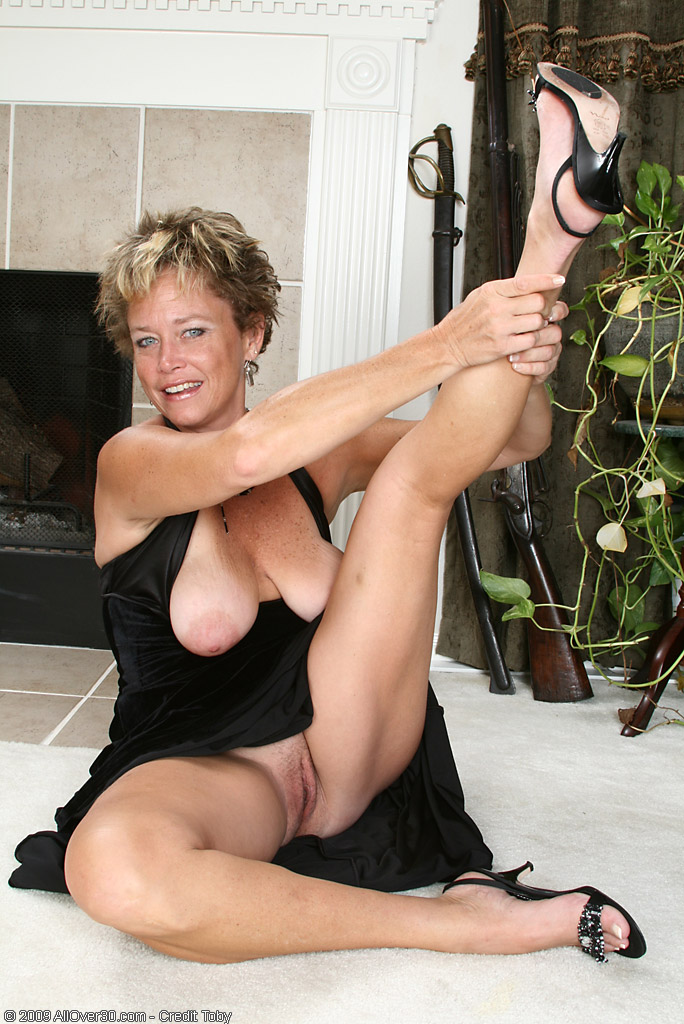 Cfnm amateur wives naked