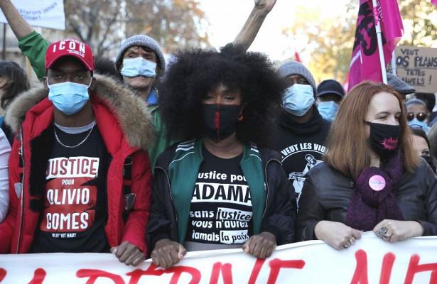 Входе протестной акции вПариже произошли столкновения сполицией