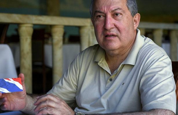 Интервью: «Друзья Армении иНагорного Карабаха должны немедленно отреагировать»,— президент Армении (AlAhram, Египет)