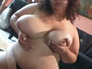 Red black squirting pussy