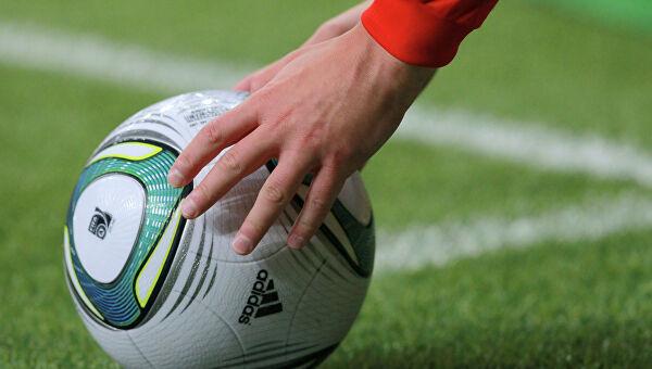 Играть некому: коронавирус выкашивает целые футбольные клубы