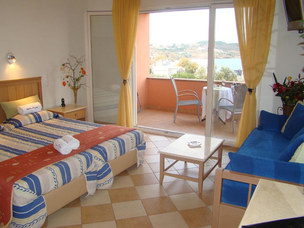 Гостиницу в остров Ретимно на берегу моря недорого