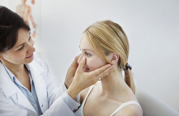 Российский врач озвучил причины потери обоняния
