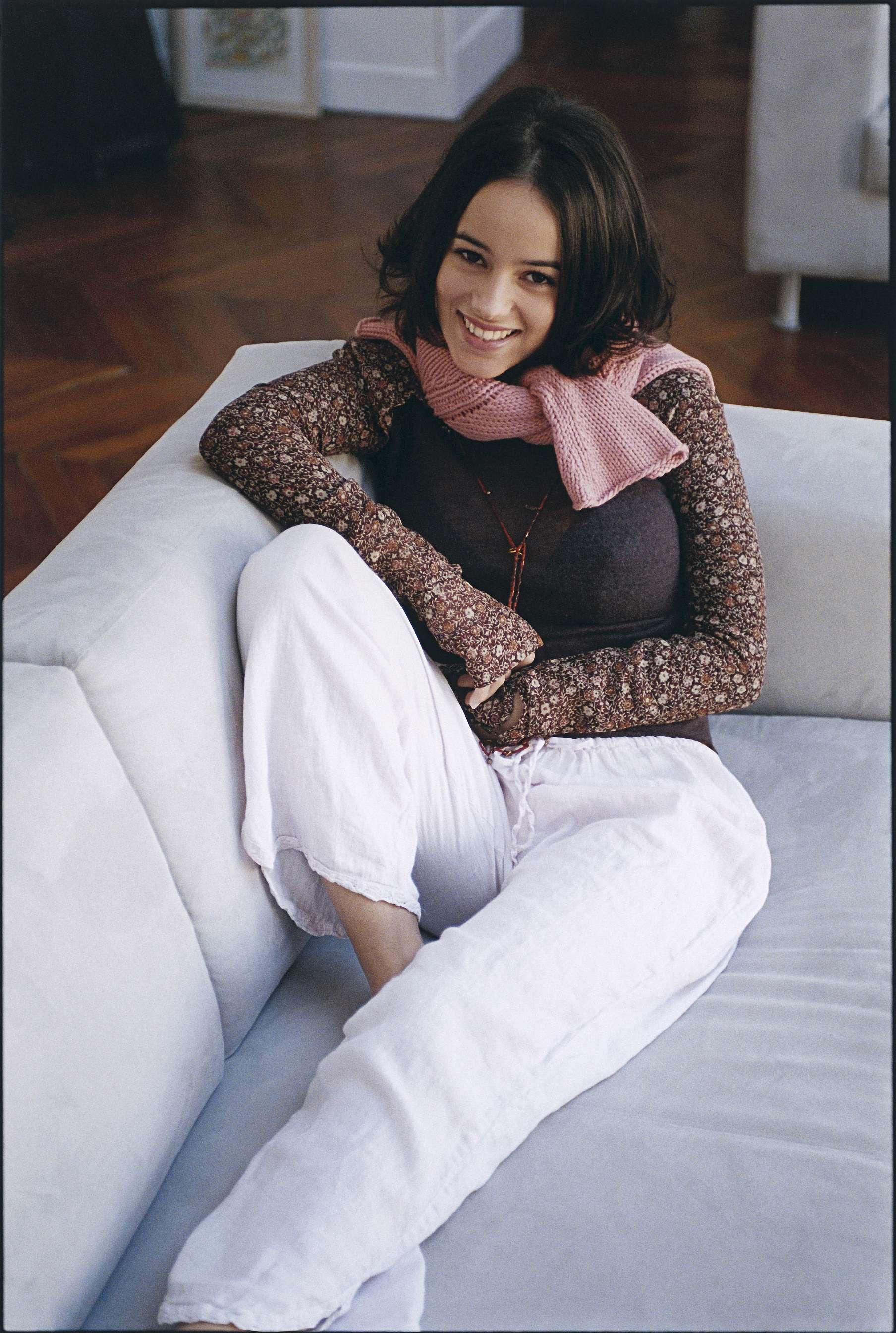 Фото французской певицы ализе голой