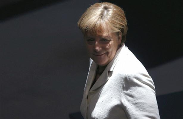 Рейтинг Меркель обвалился