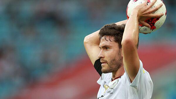 Защитник «Кельна» Хектор завершил карьеру всборной Германии
