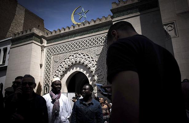 Франции грозит ползучая исламизация