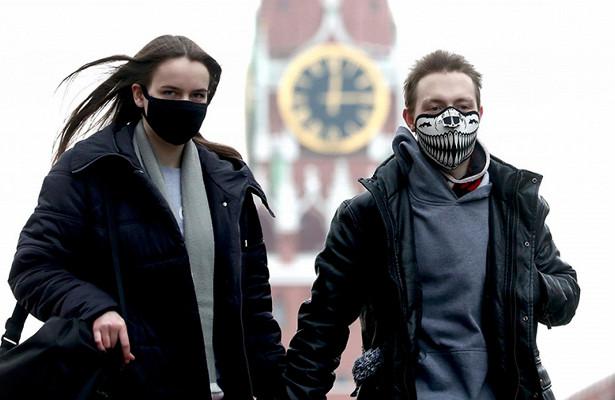 Россияне массово «заболевают» коронавирусом