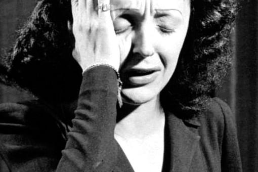 КакЭдит Пиаф спасла узников нацистов