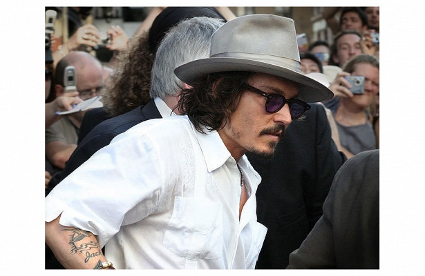 Падение Джонни Деппа: каксамый красивый вмире актер стал отвратительным (TheGuardian, Великобритания)