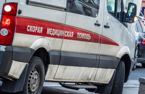 Скорая помощь перевернулась после ДТПвМоскве