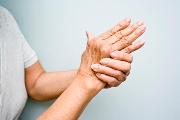 Тремор рук - причины и лечение Как избавиться от