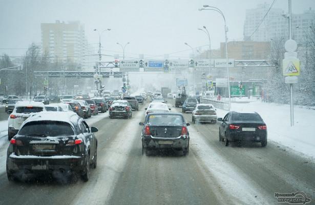 ГИБДД Екатеринбурга предупреждает огололёде надорогах