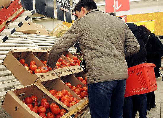 ВРоссии непроверяют продукты наполторы тысячи пестицидов