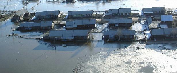Насевере Красноярского края из-заугрозы подтопления эвакуировали 70человек
