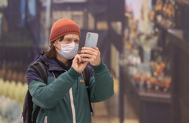 Эксперт рассказал озаписываемых Google разговорах хозяина смартфона