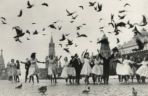 ЦСИ«Галерея Прогресса»: фотовыставка Владимира Лагранжа «Оттепель»