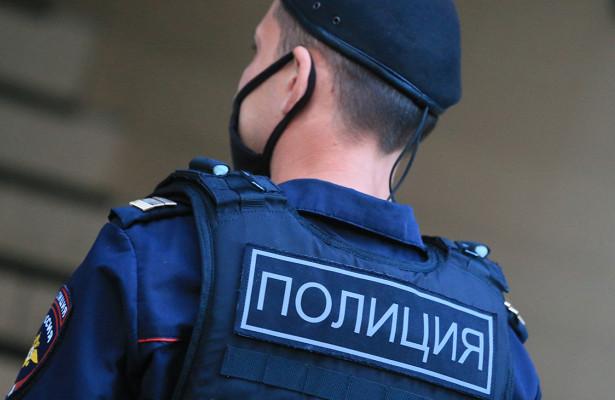 Российская школьница соблазнила полицейского