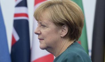 Меркель сочла преждевременными разговоры оботмене санкций против РФ