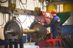 Эксклюзивные услуги вагоноремонтного дивизиона «Новотранс» помогут операторам сэкономить сотни миллионов рублей