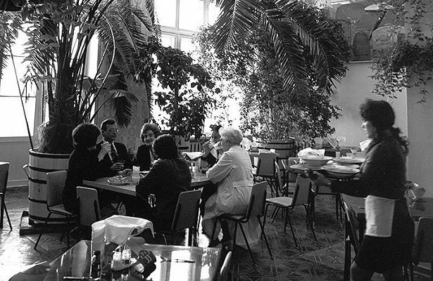 25летназад вСССР положили начало ресторанному бизнесу