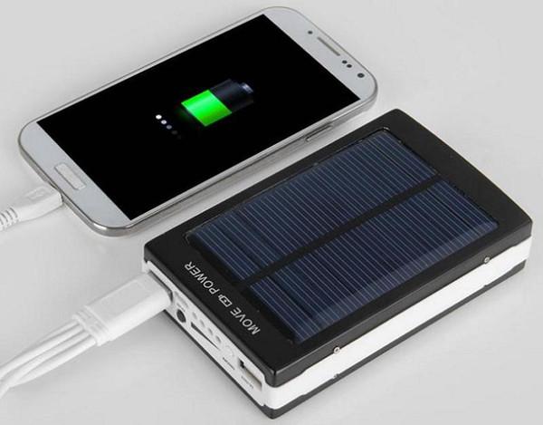 Пауэр банк с солнечной батареей на алиэкспресс