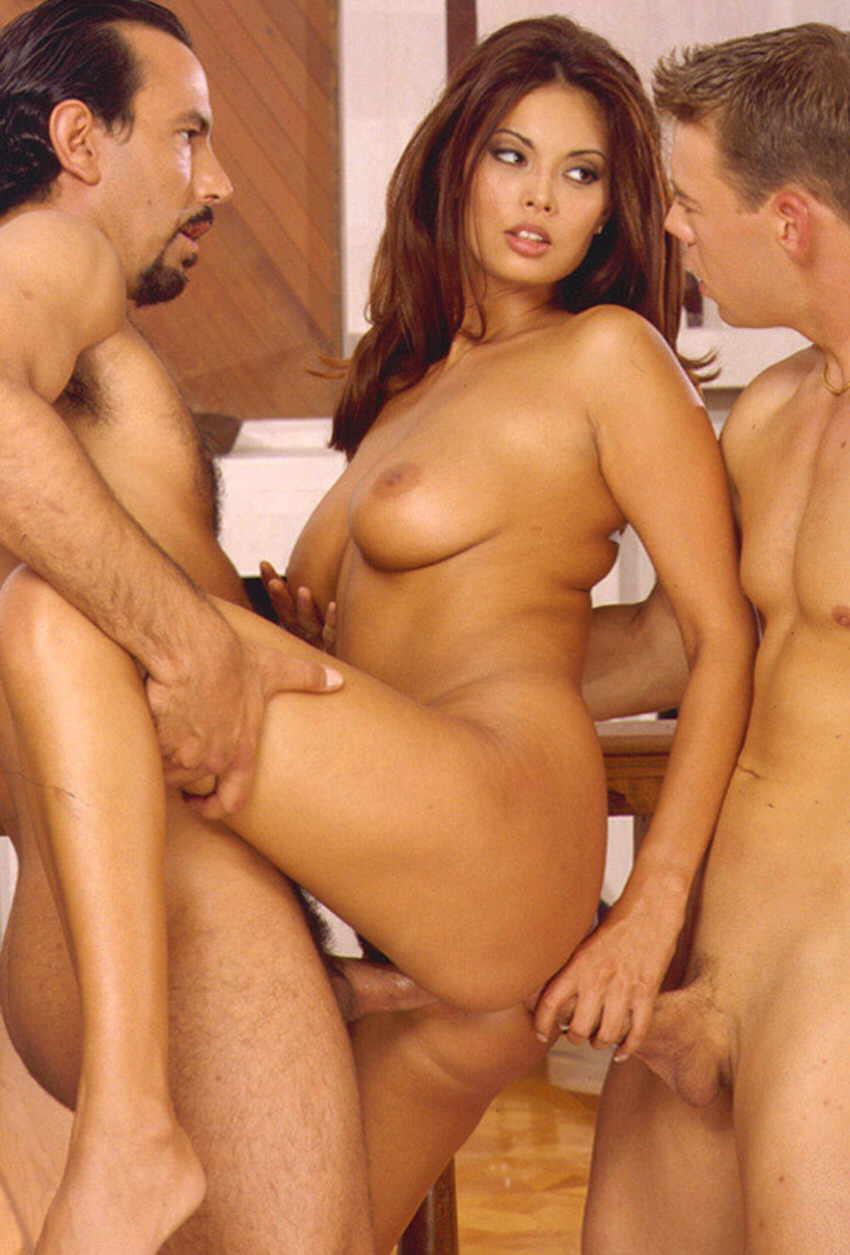 Жесткая эротическая порно российских актрис, хочу чтобы меня трахнул трансик