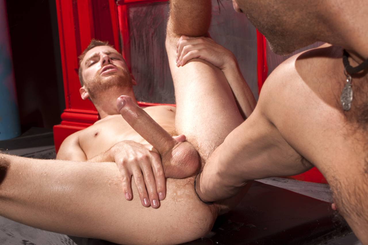 Bareback hairy muscle office fucking 06