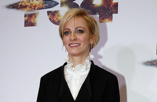 Полина Максимова названа лучшей сериальной актрисой нафестивале вКаннах