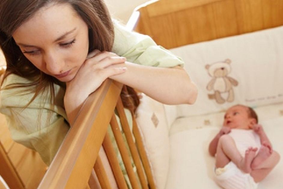 Депрессия у кормящей мамы чем лечить