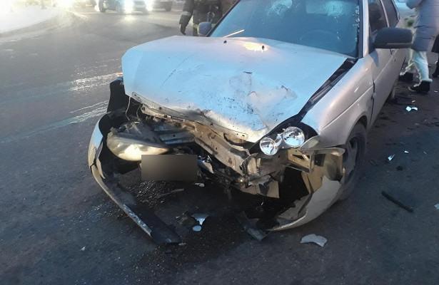 Автомобилистка наиномарке устроила ДТПстремя пострадавшими вНовокузнецке
