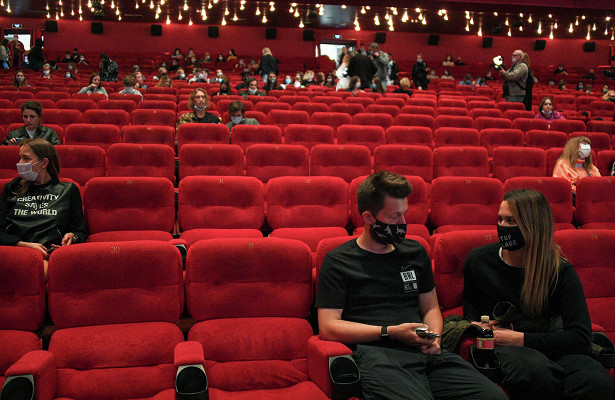Россиян будут штрафовать на100тысяч рублей засъемку вкинотеатрах