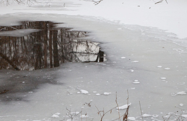 МЧСпредупредило россиян орисках выхода натонкий лед