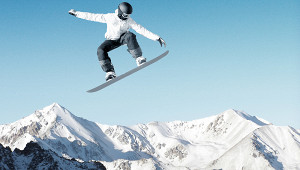 «Думают, чтобессмертные»: сноубордист разозлил россиян опасным спуском сгоры