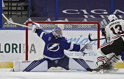 «Тампа» обыграла «Чикаго» вматче НХЛ. Василевский отразил 22броска
