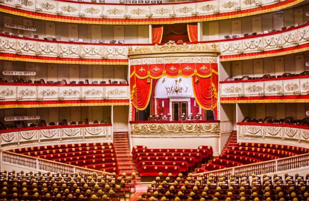Планы Александринского театра на265сезон