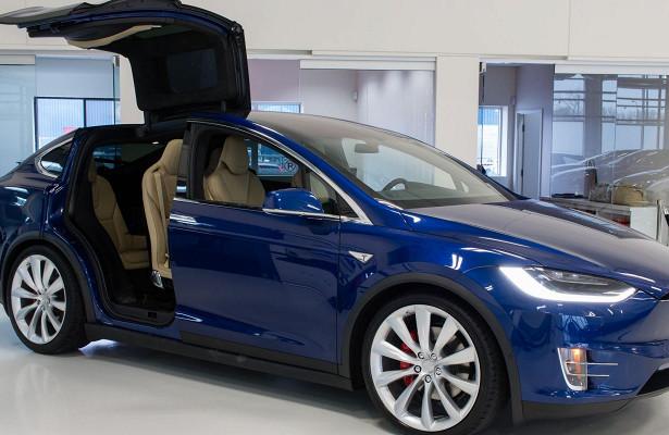 Новые технологии вавтомобилях Tesla